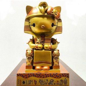Tokidoki x Hello Kitty: GOLD Kittypatra